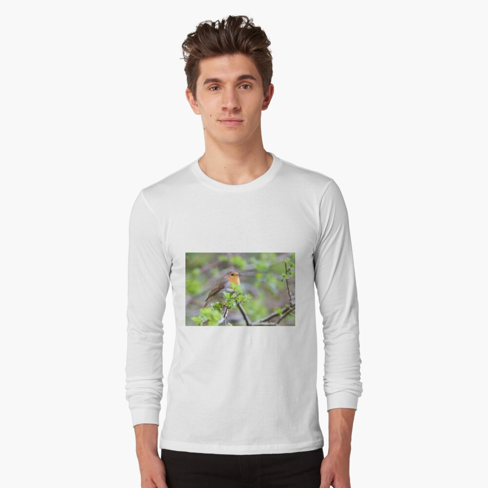 Robin (Erithacus Rubecula) Perched in Woodland Long Sleeve T-Shirt