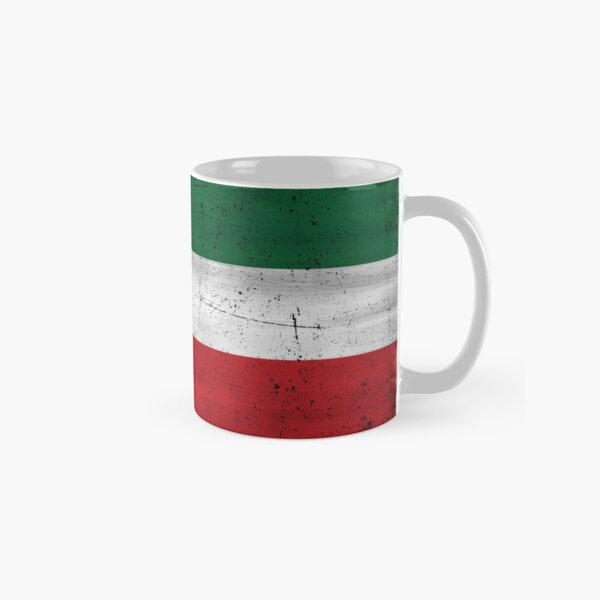 Quebec Patriot flag grunge style eroded Drapeau Patriote Québec red green white HD HIGH QUALITY ONLINE STORE Classic Mug