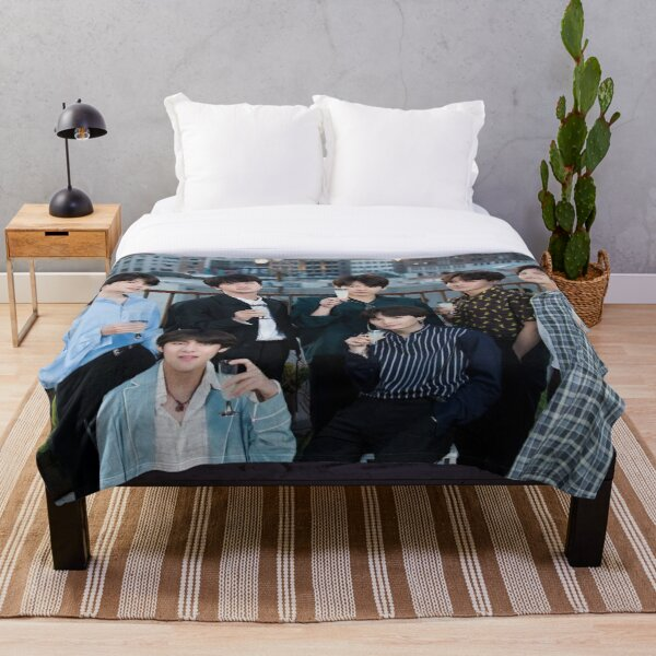 BTS kpop bangtan  Throw Blanket