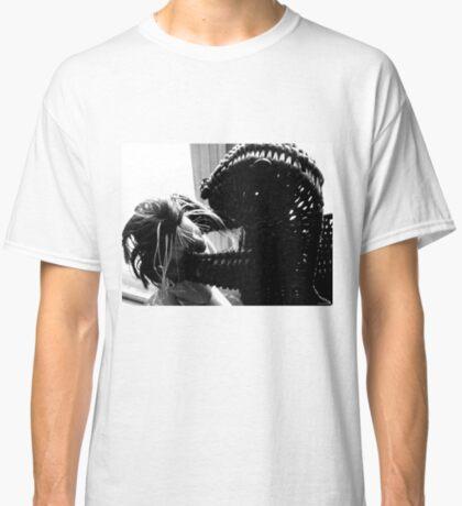 Wicker Squirrel in Love Classic T-Shirt