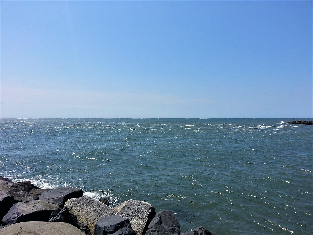 Peaceful Ocean by tomeoftrovius