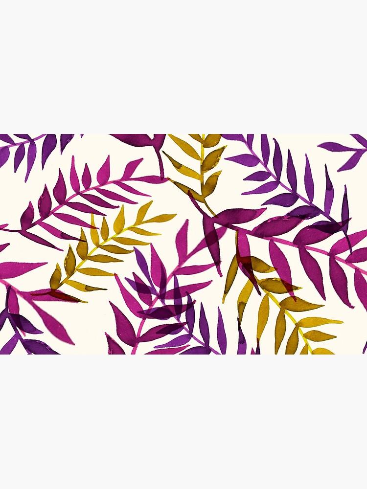 Blätter lila gelb Tropisch Natur Muster von RanitasArt
