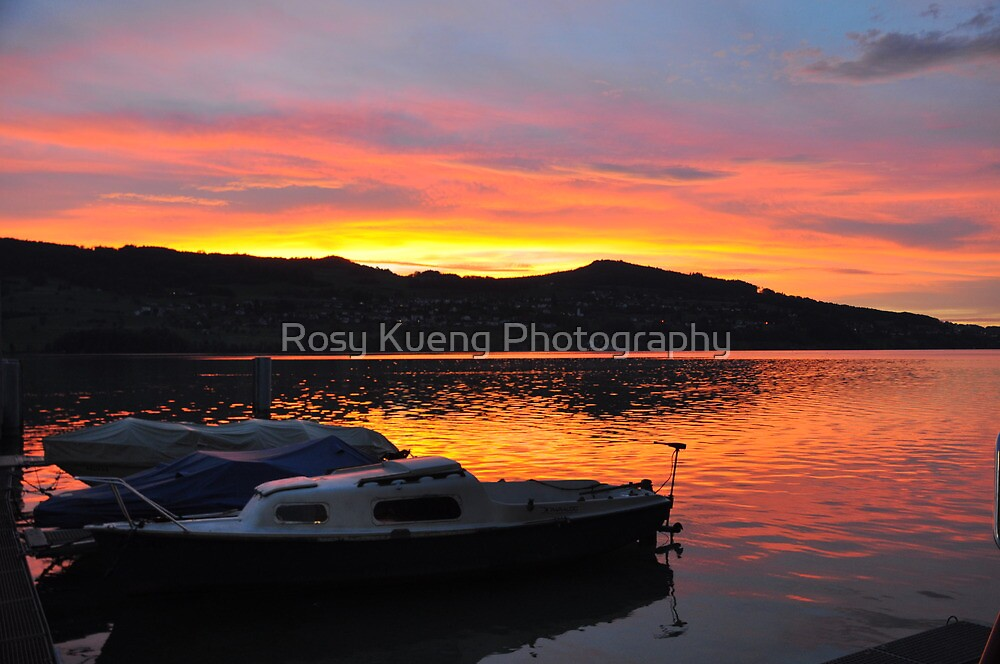 Sunset over Hallwilersee by Rosy Kueng Photography