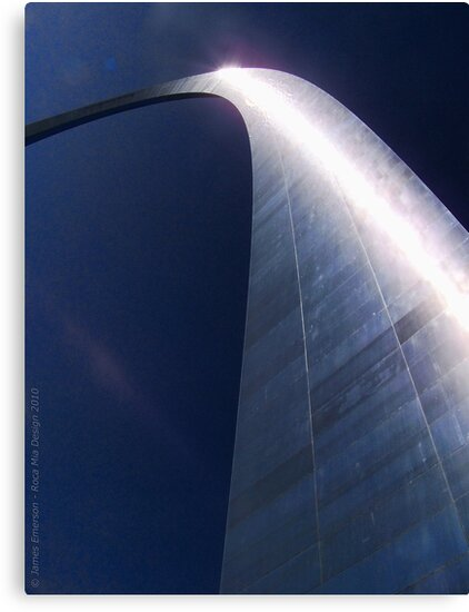 The Gateway Arch (St. Louis, Missouri) by rocamiadesign