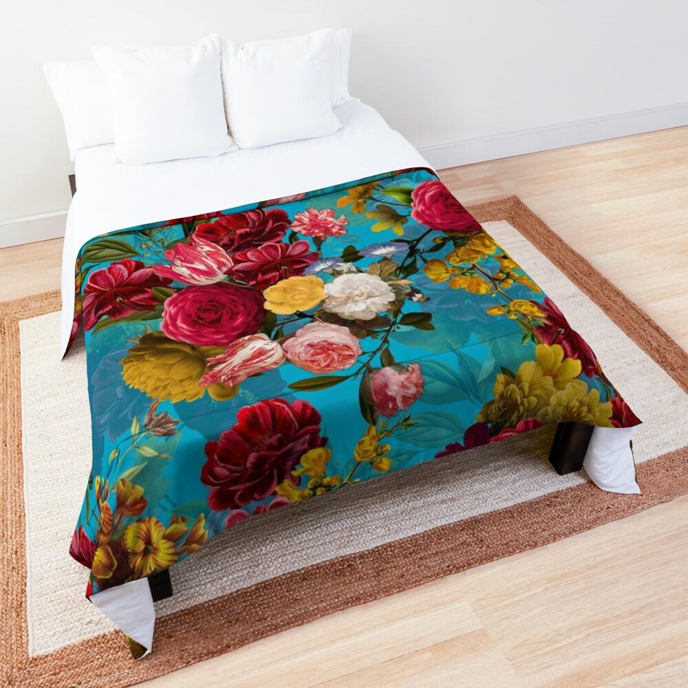 Moody florals - Mystic Night 7 Comforter