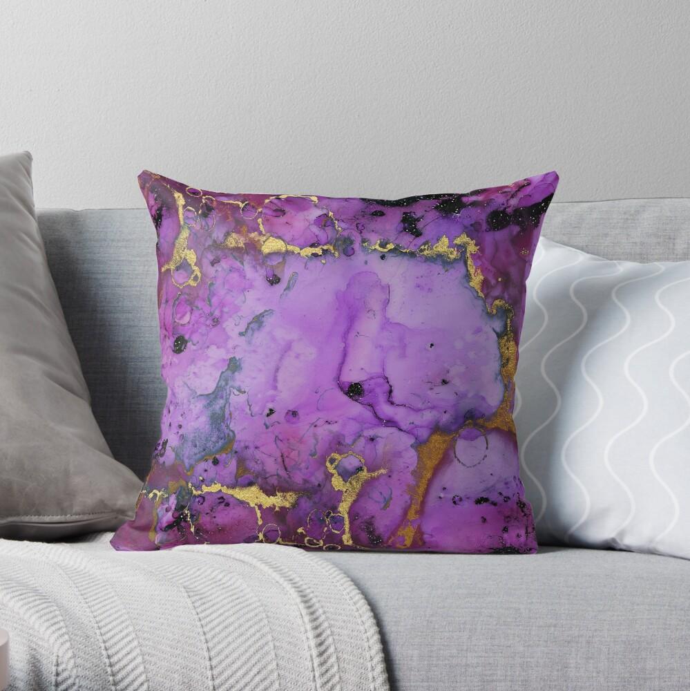 gold glitter veins on purple ink marble Throw Pillow