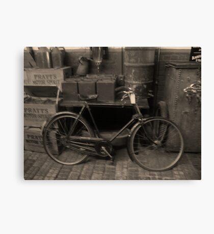 The old Raleigh Bike, Circa 1913 Canvas Print