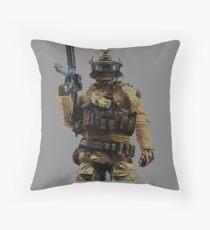 """""""Battlefield 4 Assault Class"""" Throw Pillow"""
