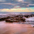 Garrie  beach rocks by donnnnnny