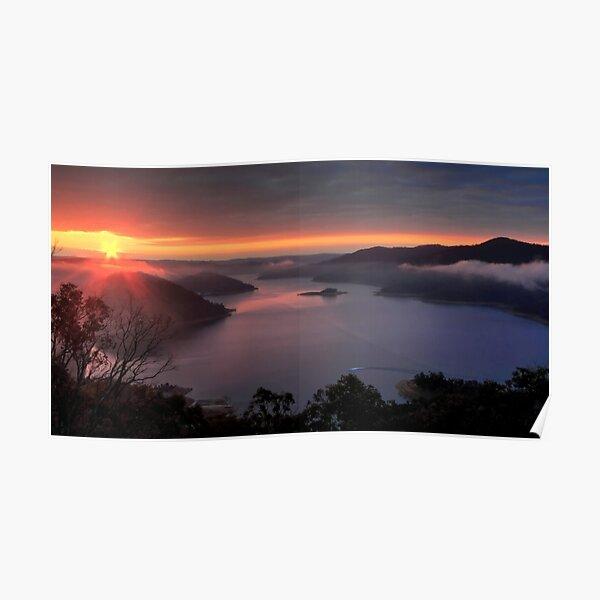Lake Eildon. Poster