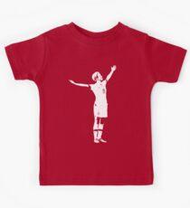 Megan Rapinoe Die Siegerpose - Weiße Schablone Kinder T-Shirt