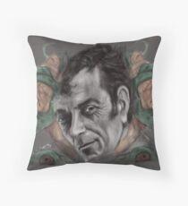 FRANK FRAZETTA ! Throw Pillow