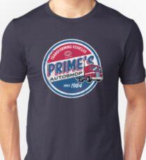 Prime's Autoshop - Vintage Distressed Style - Garage  Slim Fit T-Shirt