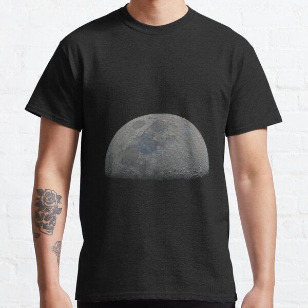 Half moon high resolution Classic T-Shirt