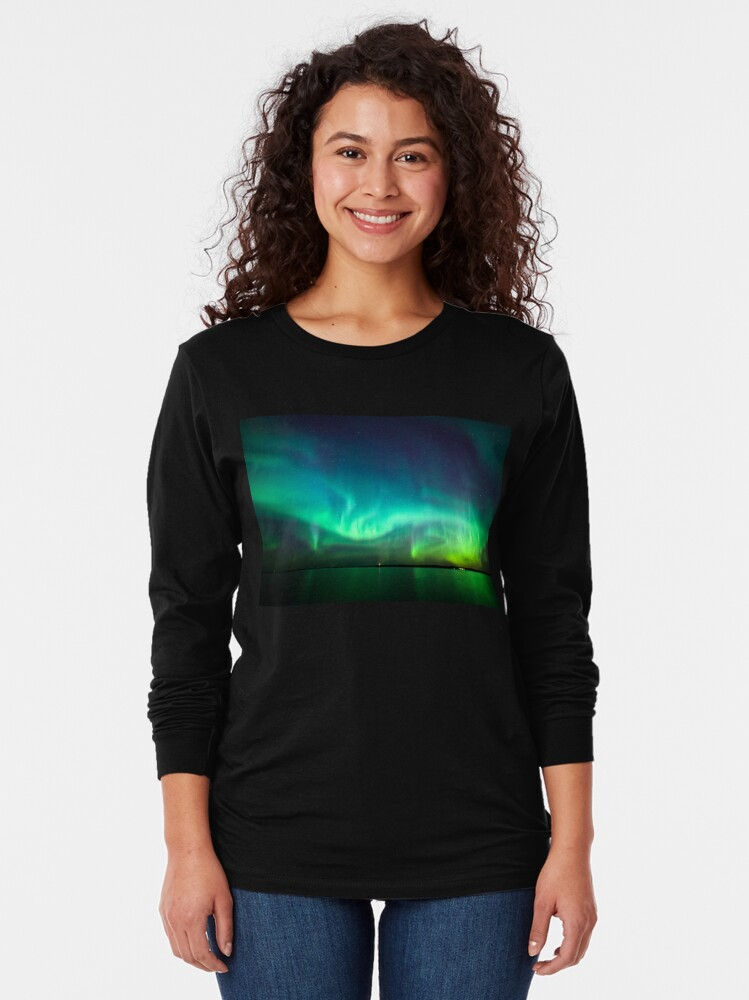 Alternate view of Northern lights glow over lake Long Sleeve T-Shirt