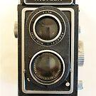 Vintage 1950 Zeiss-Ikon Ikoflex large format camera by edsimoneit