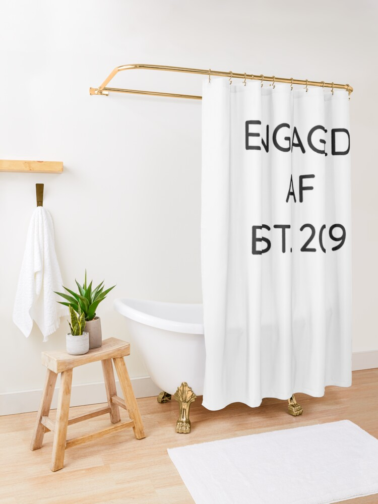 Alternative Ansicht von Engaged AF Est 2019 - Cute Wedding Gifts for Brides Grooms  Duschvorhang