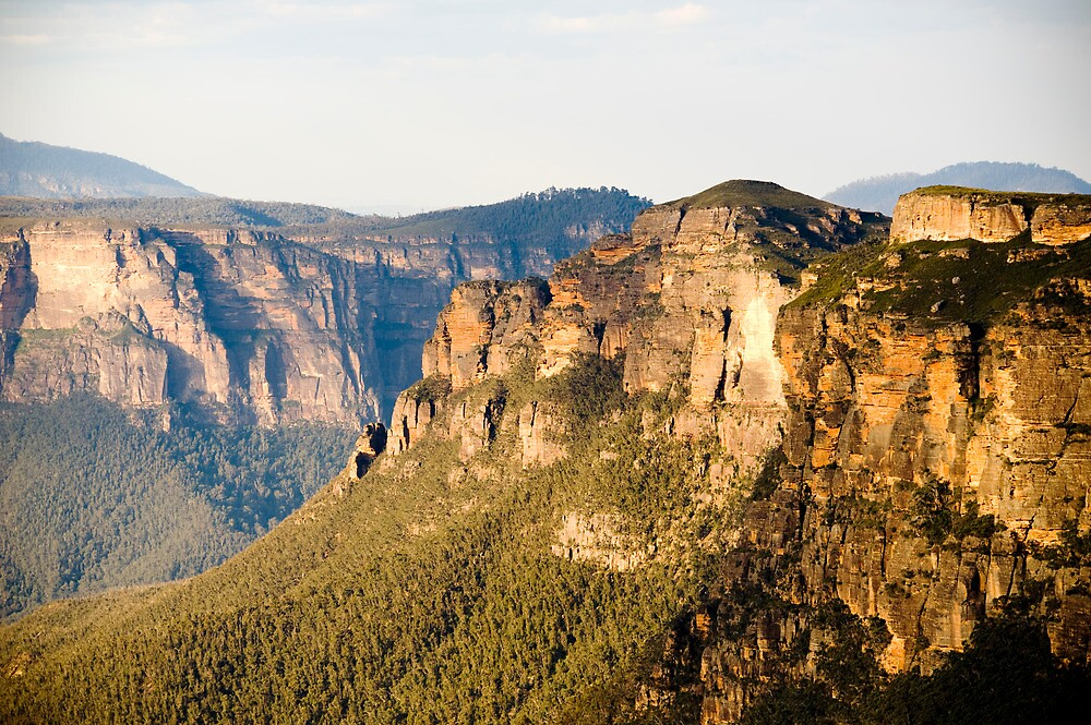 The cliffs of the Blue Mountains by Mark Elshout