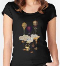 Hoch oben im Himmel Tailliertes Rundhals-Shirt