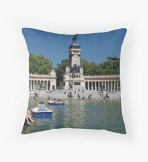 Retiro Sunday Throw Pillow