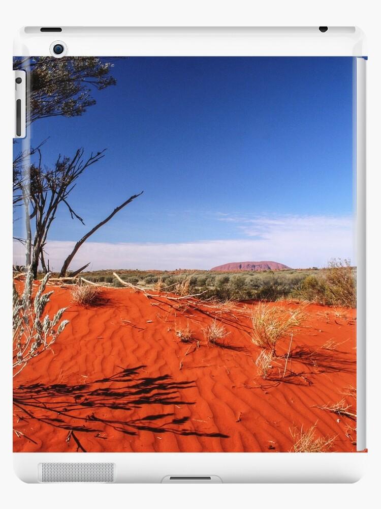 Red Desert, Distant Uluru  by tracyleephoto