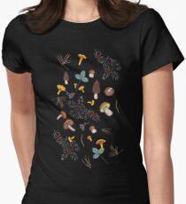 dark wild forest mushrooms Women's Fitted T-Shirt