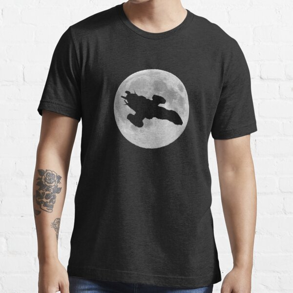 Serenity against the moon Essential T-Shirt