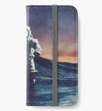 Stranded II iPhone Wallet/Case/Skin