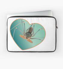 Amblypygi love - Acanthophrynus coronatus Laptop Sleeve
