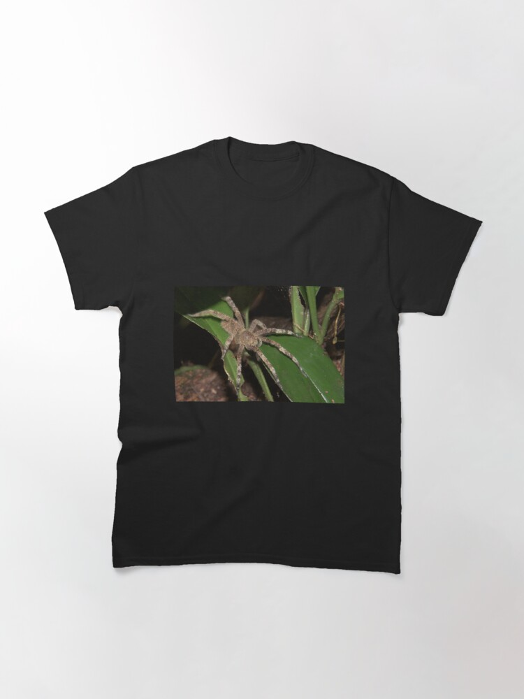 Alternate view of Brazilian wandering spider, Peru Classic T-Shirt