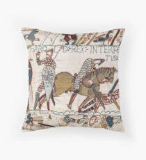 Bayeux-Tapisserie, König Harold wird getötet. Pfeil im Auge. Bodenkissen