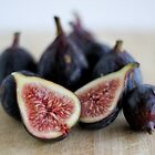 Summer figs by shuzhens
