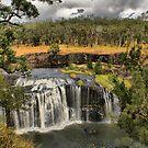 Millstream falls near Ravenshoe by Roboftheland