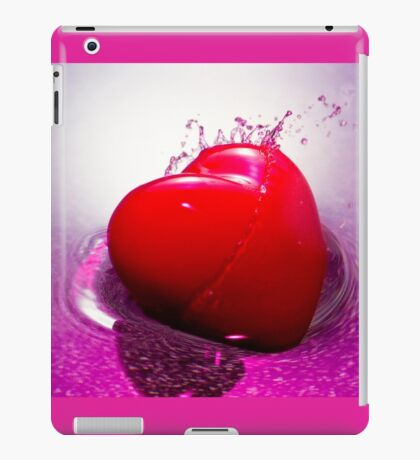 Love Struck iPad Case/Skin