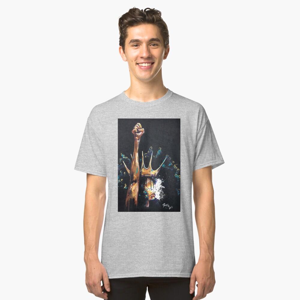 Naturalmente Reina VI Camiseta clásica