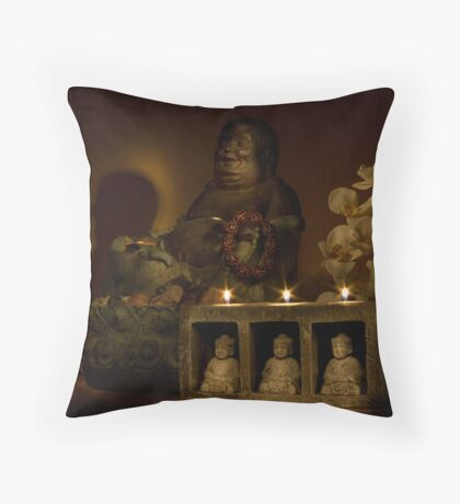 Listen to the voice of Buddha Throw Pillow