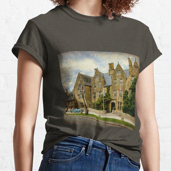 Luxurious Hotel Classic T-Shirt