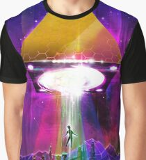 Abduction (Tetra) - Retro Synthwave UFO Pyramid Graphic T-Shirt