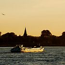 Going down the River Waal by jchanders
