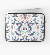 Nature in balance Laptop Sleeve