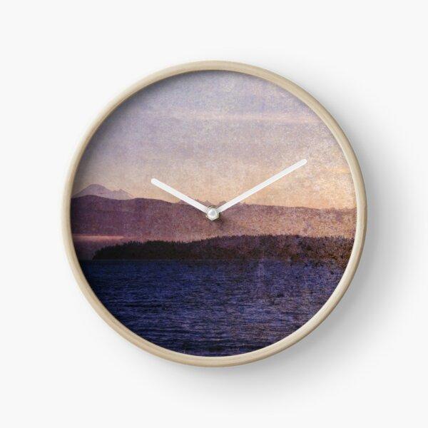 glittering higher Clock