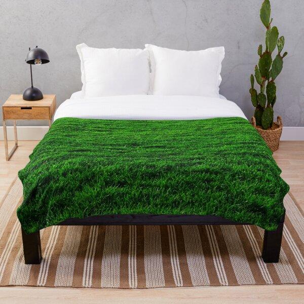 GREEN GREEN GRASS. LAWN. PITCH. Throw Blanket