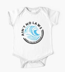 Ain't no laws Tshirt - White claw Unisex Tshirt - Ai't no laws when you're drinking claws Short Sleeve Baby One-Piece