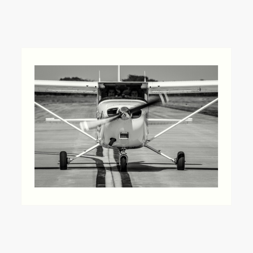 Cessna 172 on Taxiway | Art Print