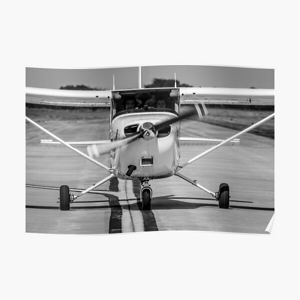 Cessna 172 on Taxiway Poster