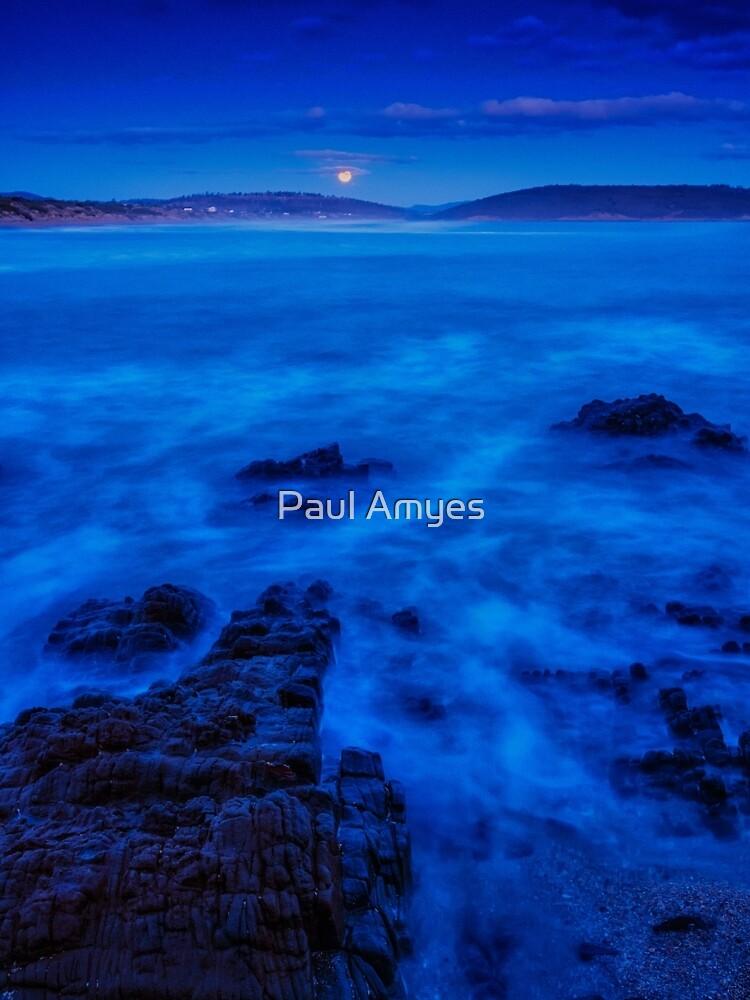 Moonrise over Carlton Beach. by AmyesPhotograph
