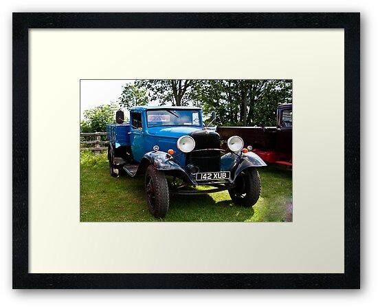 Fordson Truck  142 XUB by Trevor Kersley