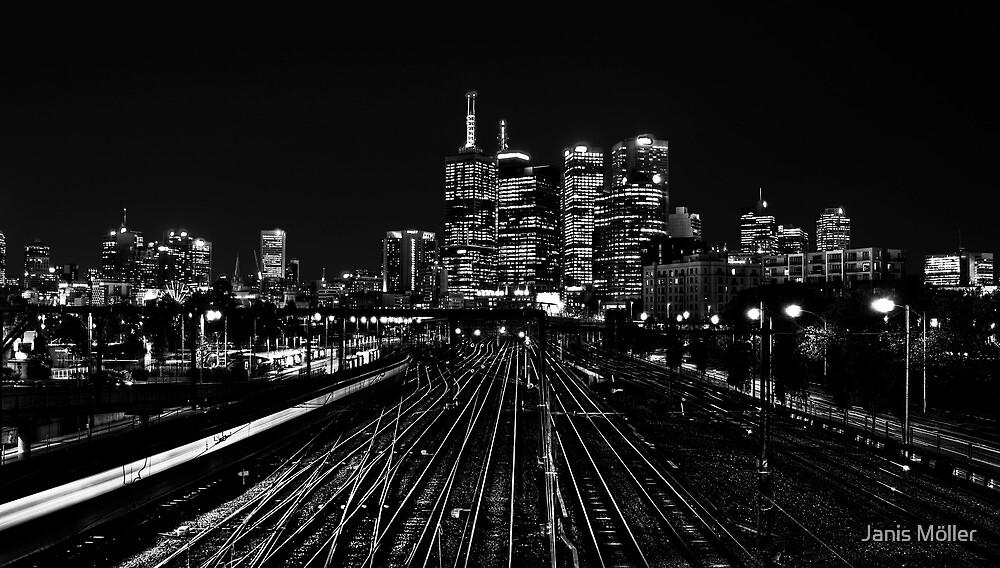Melbourne Skyline by Janis Möller