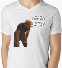 Nicht ganz mein Tempo T-Shirt mit V-Ausschnitt für Männer