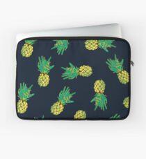 Zombie Ananas Laptoptasche